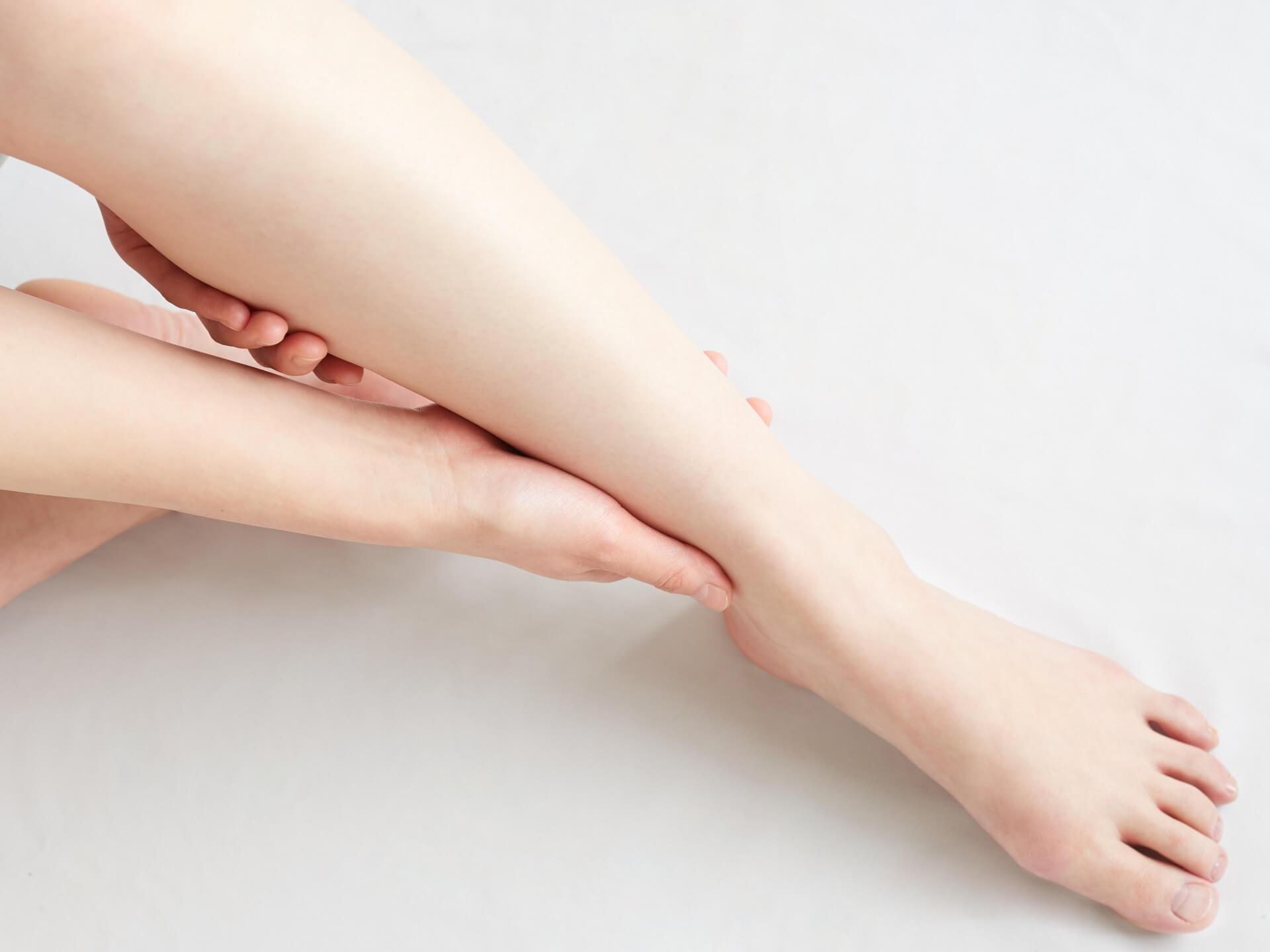 足の付け根が痛い原因