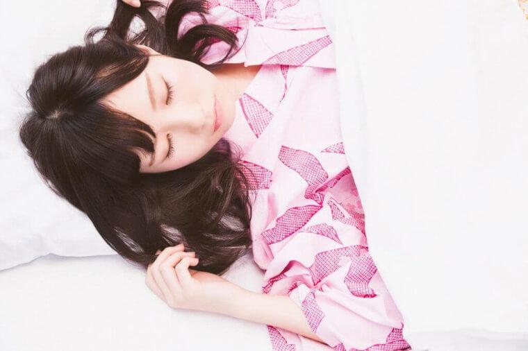 いびきの原因3.仰向けで寝る
